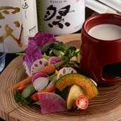 日田市の農家から直接仕入れる、朝採りの「大鶴野菜」で旬を堪能