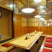 隣席を気にせず、本格洋食メニューを味わえる和風の個室