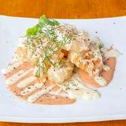プリプリの食べごたえのある海老を使用した、シンプルなEbiマヨ。お客様のお声からサイズを設定いたしました。 シングル(6個):825円 ダブル (15個):1,650円 トリプル(20個):2,200円