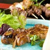 香ばしい香りが食欲をそそる『国産豚スペアリブ野菜添え』