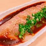 本日の前菜 お刺身盛り合わせ 本日の焼き物 天ぷら(活車海老、旬魚、旬菜二種) 変わり小鉢 握り寿司 デザート ※前日までの要予約でお願いします。