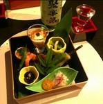 季節の食材をふんだんに取り入れた、京都ならではの料理が揃った八寸『京の味』