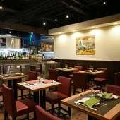 本場の雰囲気と飲茶文化の楽しさを味わえる中華料理店