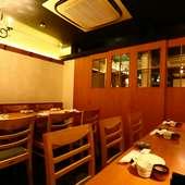12~14名で利用できる個室。賑やかな宴会や会食にぴったり