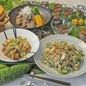 オリジナルの沖縄料理をお楽しみください