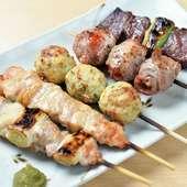 鶏・豚・牛のすべてが味わえる、まずは食べてほしい贅沢メニュー『お任せ串五本盛り』