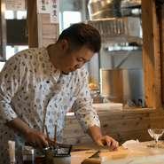 「お客様にとって、安心して料理を食べられるお店でありたい」とは、料理人談。「子を持ち、ひとりの父親になることで、口に入るものの重要さに気付かされた」と、話します。