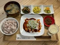 メイン肉料理(週替わり)