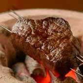 噛むほどに肉の甘みと旨みに染み入る『近江牛みすじの炭焼き』