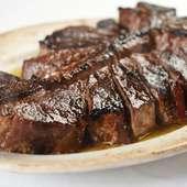 ジューシーに仕上げられた熱々のステーキを堪能『USDAプライムポーターハウス STEAK for two』