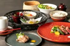 神戸牛メインのランチコースとなります。お昼からちょっと贅沢に楽しみたい方におすすめ。