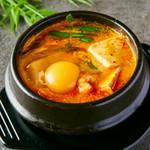 スンドゥブ・ヤンニョムチキン・チヂミ・ケランチムなど、韓国料理を心ゆくまで堪能いただけます!