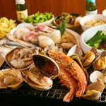 """◆夏限定のBBQプラン登場◆当店名物の浜焼き&大注目の韓国料理""""全40品""""が食べ放題の贅沢BBQプランです!"""