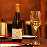 サンセール、ピノグリ、シャルドネ等のワインを4.5種類ご用意しております。
