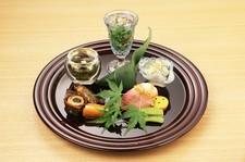 【祇園の隠れ家的料亭】五感で感じる会席料理をご提供! 和みの空間で四季折々の食材を使用したお料理を