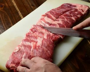 4つの専門業者から仕入れた、厳選されたこだわりの『肉』