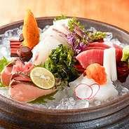漁港直送の旬の鮮魚をご準備致しております。四季折々の食材を是非ご堪能ください