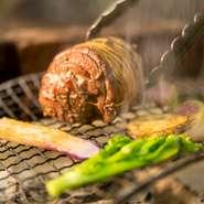 地元の熟練猟師から仕入れるジビエにも、地元愛を感じます。「人」をテーマにした【LA COMUNITA】の想いを感じられる食材選びへのこだわりは、美味しい料理へと昇華し、ゲストを楽しい気持ちにさせてくれます。