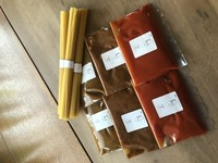 トマト、ミート、カレーソースが各2個ずつ。パスタ乾麺400g付き。ソースは1人前ずつ個装しています。店頭受け取り2800円。配送3500円