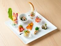 生パスタとメイン料理、更に3種のデザート盛り合わせも付いた贅沢でお得なコース ¥3190税込