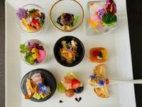 前菜9品とお魚料理+お肉料理のついたフルコース 記念日など大切な日のランチにオススメ¥4290税込