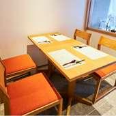 グループ利用に最適なテーブル席