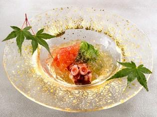 料理人として考案し、初めてメニュー化した『蛸の柔らか煮』