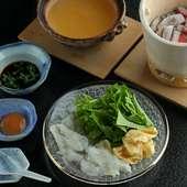 市場で厳選した鮮魚を味わえる『刺身盛り合わせ』