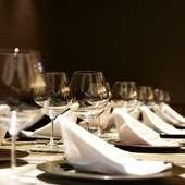 ラグジュアリーな空間で、ゲストのお腹と心を満たすおもてなしを