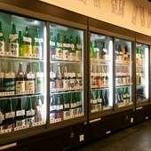 日本酒好き必見! ショーケースを見ながら選べる、飲める