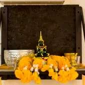 タイの神棚が祀られている