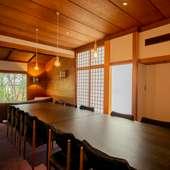 接待などのおもてなしに使いたい、洗練された個室が2部屋