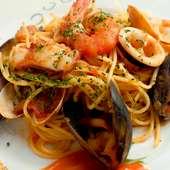 スパゲッティ ペスカトーレ(魚介のトマトソース)