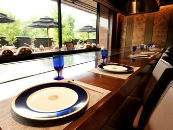 絶景を眺めながら、近江牛を堪能できるレストラン