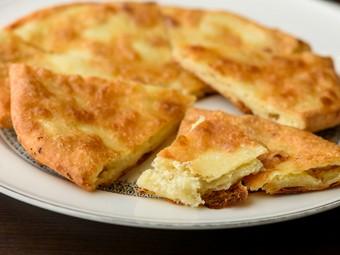 『ハチャプリ』など、珍しいジョージアの国民食が楽しめる