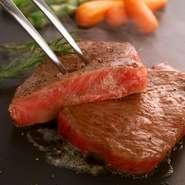 A4和牛(ブリスケ使用)を使用した贅沢なステーキです♪