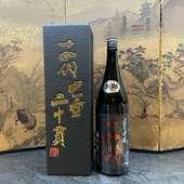 クオリティの高い富山の地酒を中心に、こだわりの日本酒が勢揃い