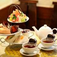 日本紅茶協会の「おいしい紅茶の店」に認定されています。オーナーこだわりの紅茶の茶葉は、世界各地から仕入れ。濃い目で少々渋め、奥深くしっかりとした味わいの上質な紅茶です。ぜひご賞味あれ。