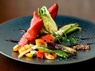 本場の味を忠実に再現するために仕入れた「西洋野菜」