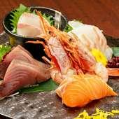 その時期の美味しい魚介類を選別、吟味。素材本来の味をシンプルに『お造り 五種盛り』