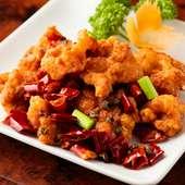 程よい辛さと香りが食欲を刺激する『鶏肉の唐辛子炒め』