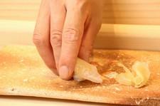 産地直送の高品質な旬魚と最高のシャリを合わせた、極上の鮨をお愉しみいただけます。