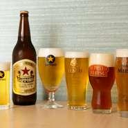 ビールはヱビス樽生(ヱビスマイスター・琥珀ヱビス・ヱビス)、黒ラベル、ラガー赤星が集い、ビール通も納得の品揃え。ヱビス樽生を含むドリンク50種以上が飲み放題になるプラン(120分、6名様~)も用意。