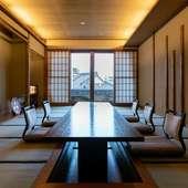 創業72年、老舗の風格を感じさせる上品な雰囲気の室内