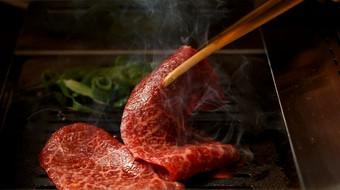 肉師たなかさとるの厳選牛を使用したコースです。特別なお集まりなどにご利用ください。