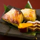 綺麗な焼き色が付いた魚から、香ばしい西京味噌の香りがフワッと漂い食欲をそそられる『西京焼』