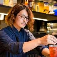 かゆいところに手が届くきめ細やかでさりげないサービスを提供するのが、菊地氏のモットー。どのようなゲストに対しても、平等に接するホスピタリティー精神を持ち合わせ、心地良さや特別感を感じさせてくれます。