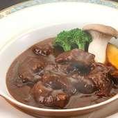 肉と野菜の旨みたっぷり『飛騨牛ビーフシチュー』