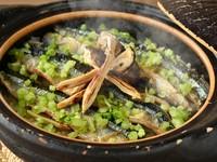 春夏秋冬の移り変わりを感じさせてくれる『季節の土鍋ご飯』