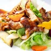 ピリ辛の味わいに、ごはんが進む『県産キャベツの味噌炒め』